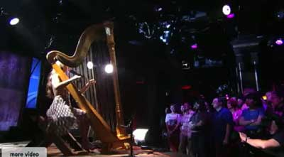 Joanna Newsom with Harpworld harp