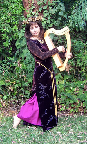 medieval style Ardival harp